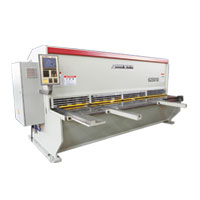 Accurshear CNC Guillotine Shear 4MM - 25MM, Length 1830MM - 6000MM