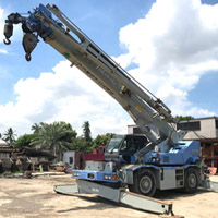 KOBELCO RK250-6 Japan Recon Crane