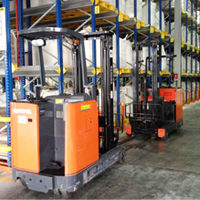 Rental Electric Reach Truck