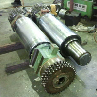 Repair Of Rubber Mixing Roller