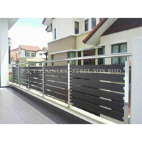Stainless Steel With Aluminium Wood Fencing