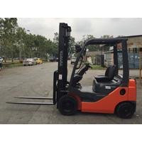 Toyota 15 Ton Forklift Rental